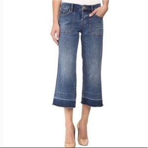 Tommy Bahama Cropped Boyfriend Jeans